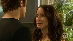 Kyle Canning, Kate Ramsay in Neighbours Episode 6809