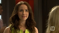 Kate Ramsay in Neighbours Episode 6809