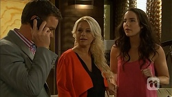 Paul Robinson, Lucy Robinson, Kate Ramsay in Neighbours Episode 6809
