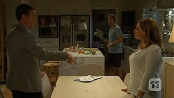 Paul Robinson, Brad Willis, Terese Willis in Neighbours Episode 6809