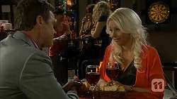 Paul Robinson, Lucy Robinson in Neighbours Episode 6809