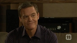 Paul Robinson in Neighbours Episode 6810