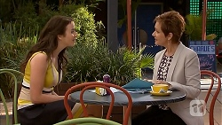 Kate Ramsay, Susan Kennedy in Neighbours Episode 6810