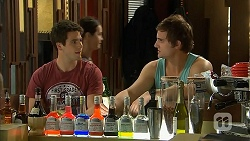 Chris Pappas, Kyle Canning in Neighbours Episode 6810