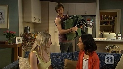 Amber Turner, Imogen Willis in Neighbours Episode 6811