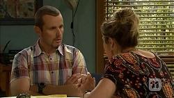 Toadie Rebecchi, Sonya Mitchell in Neighbours Episode 6812
