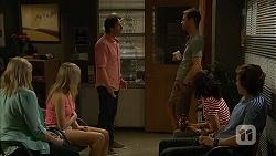 Lauren Turner, Amber Turner, Brad Willis, Mark Brennan, Imogen Willis, Mason Turner in Neighbours Episode 6813