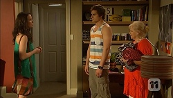 Kate Ramsay, Kyle Canning, Sheila Canning in Neighbours Episode 6815