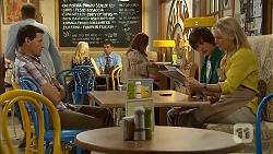 Matt Turner, Bailey Turner, Lauren Turner in Neighbours Episode 6815