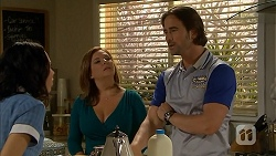 Imogen Willis, Terese Willis, Brad Willis in Neighbours Episode 6817