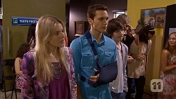 Amber Turner, Josh Willis, Bailey Turner in Neighbours Episode 6818