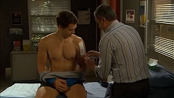 Josh Willis, Karl Kennedy in Neighbours Episode 6819