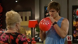Sheila Canning, Kyle Canning in Neighbours Episode 6820