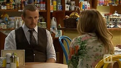 Toadie Rebecchi, Sonya Mitchell in Neighbours Episode 6820