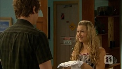 Kyle Canning, Georgia Brooks in Neighbours Episode 6821