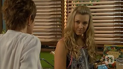 Susan Kennedy, Georgia Brooks in Neighbours Episode 6821