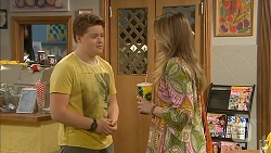 Callum Jones, Sonya Mitchell in Neighbours Episode 6822