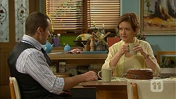 Toadie Rebecchi, Susan Kennedy in Neighbours Episode 6823