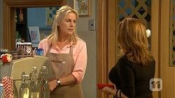 Lauren Turner, Terese Willis in Neighbours Episode 6823