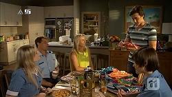 Amber Turner, Matt Turner, Lauren Turner, Mason Turner, Bailey Turner in Neighbours Episode 6824