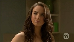 Kate Ramsay in Neighbours Episode 6825