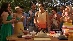 Kate Ramsay, Amber Turner, Matt Turner, Mason Turner, Bailey Turner, Mark Brennan, Lauren Turner in Neighbours Episode 6825