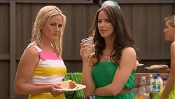 Lauren Turner, Kate Ramsay in Neighbours Episode 6825