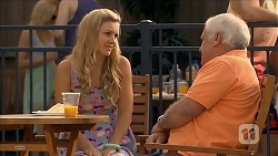 Georgia Brooks, Lou Carpenter in Neighbours Episode 6825