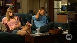 Danni Ferguson, Mark Brennan in Neighbours Episode 6825