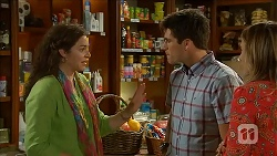 Patricia Pappas, Chris Pappas, Sonya Mitchell in Neighbours Episode 6826