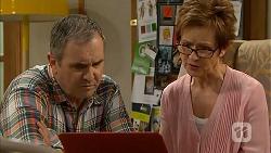 Karl Kennedy, Susan Kennedy in Neighbours Episode 6827