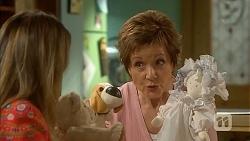 Sonya Mitchell, Susan Kennedy in Neighbours Episode 6827
