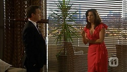 Paul Robinson, Rebecca Napier in Neighbours Episode 6829