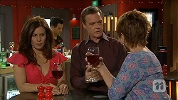 Rebecca Napier, Paul Robinson, Susan Kennedy in Neighbours Episode 6829