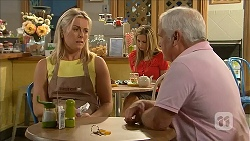 Lauren Turner, Lou Carpenter in Neighbours Episode 6830