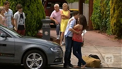 Amber Turner, Matt Turner, Bailey Turner, Lou Carpenter, Lauren Turner, Mason Turner, Kate Ramsay in Neighbours Episode 6830
