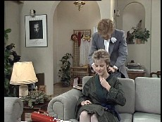 Clive Gibbons, Daphne Clarke in Neighbours Episode 0295