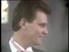 Des Clarke in Neighbours Episode 0295