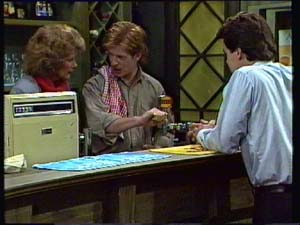 Clive Gibbons, Madge Bishop, Paul Robinson in Neighbours Episode 0330