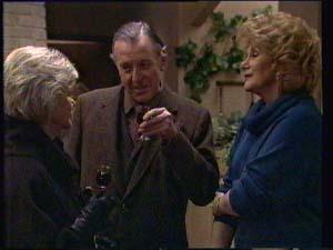 Dan Ramsay, Madge Mitchell, Helen Daniels  in Neighbours Episode 0333