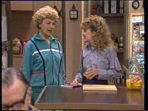 Dan Ramsay, Edna Ramsay, Charlene Mitchell in Neighbours Episode 0334