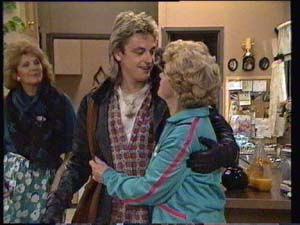 Madge Bishop, Edna Ramsay, Shane Ramsay in Neighbours Episode 0334
