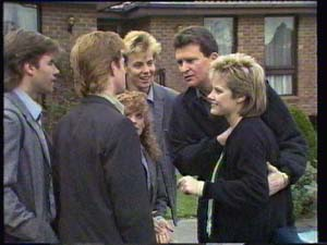 Mike Young, Clive Gibbons, Charlene Mitchell, Scott Robinson, Des Clarke, Daphne Clarke in Neighbours Episode 0334