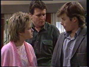 Daphne Clarke, Des Clarke, Mike Young in Neighbours Episode 0335