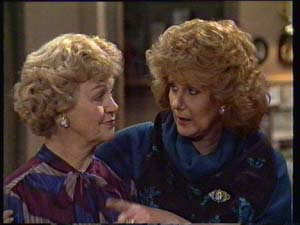 Edna Ramsay, Madge Mitchell in Neighbours Episode 0335