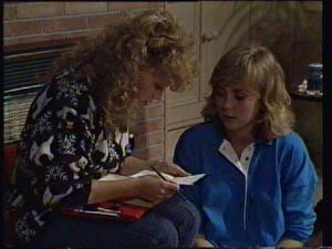 Charlene Mitchell, Jane Harris in Neighbours Episode 0335