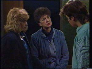 Mike Young, Jane Harris, Nell Mangel in Neighbours Episode 0335