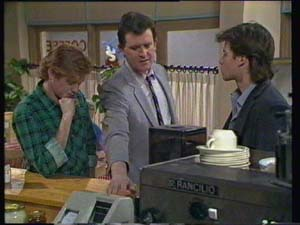 Clive Gibbons, Des Clarke, Mike Young in Neighbours Episode 0336