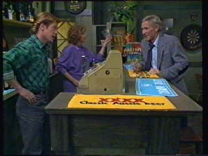 Clive Gibbons, Madge Mitchell, Ray Murphy in Neighbours Episode 0336