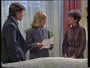 Mike Young, Jane Harris, Nell Mangel in Neighbours Episode 0336